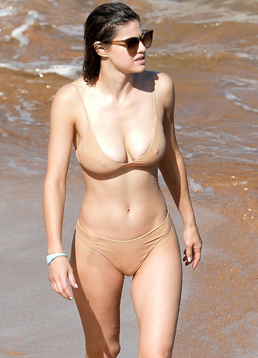 Alexandra Daddario's Nipples Are Rock Hard For Black Friday