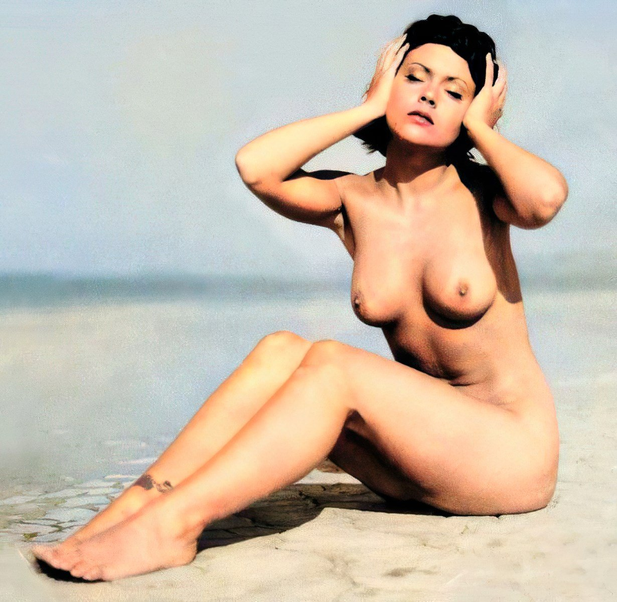 Alyssa Milano Nude Photo Shoot At 18-Years-Old Colorized And Enhanced