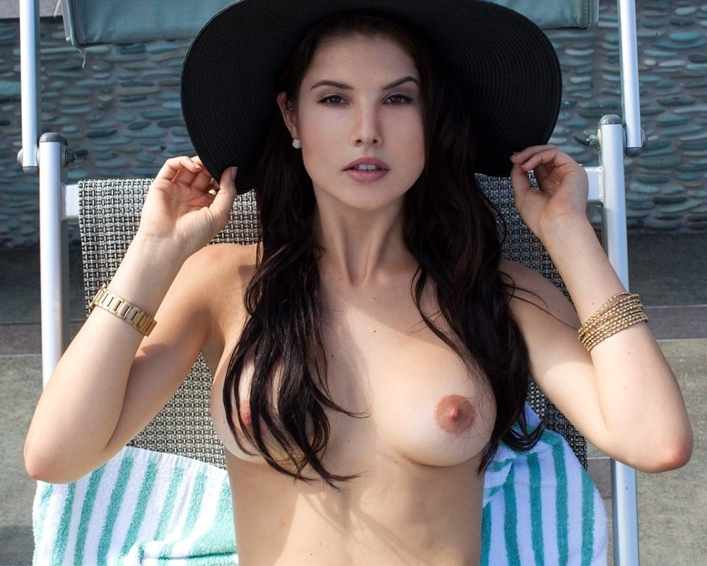 Amanda cerny real boobs