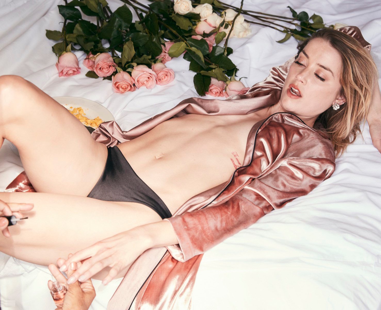 nude-celebs, amber-heard