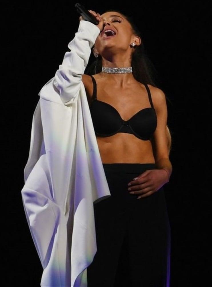 Ariana Grande Bra And Booty Show | HottieStars