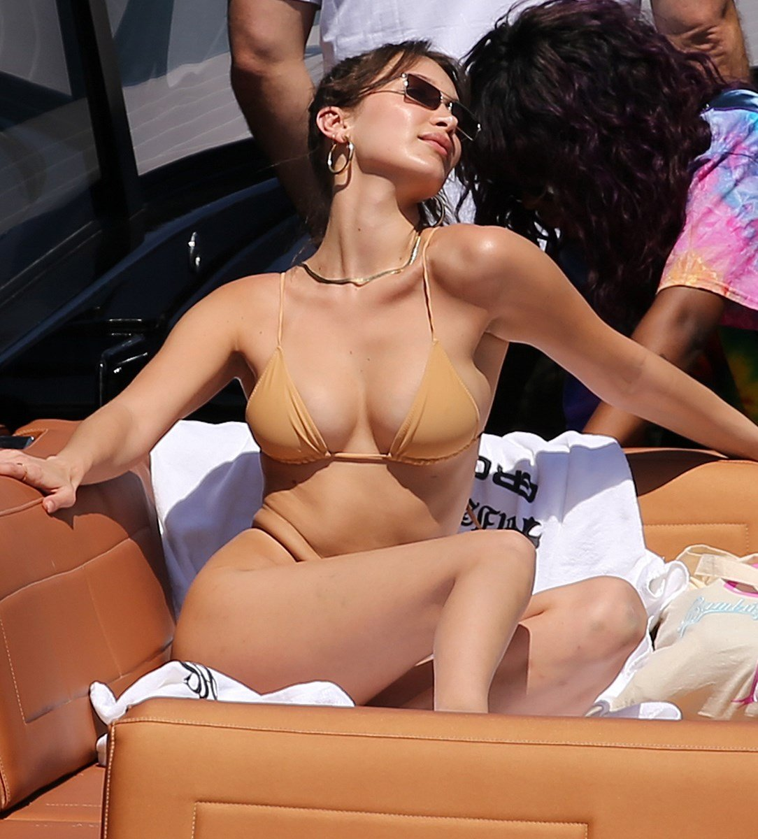 Bella Hadid Spreads Her Ass Cheeks In A Thong