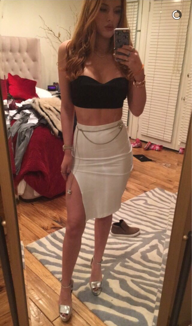 Bella Thorne Workout Video And Selfies
