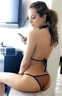 vanessa hudgens phat butt naked
