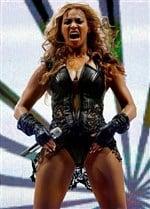 Beyonces Publicist Asks Unflattering Super Bowl Photos to