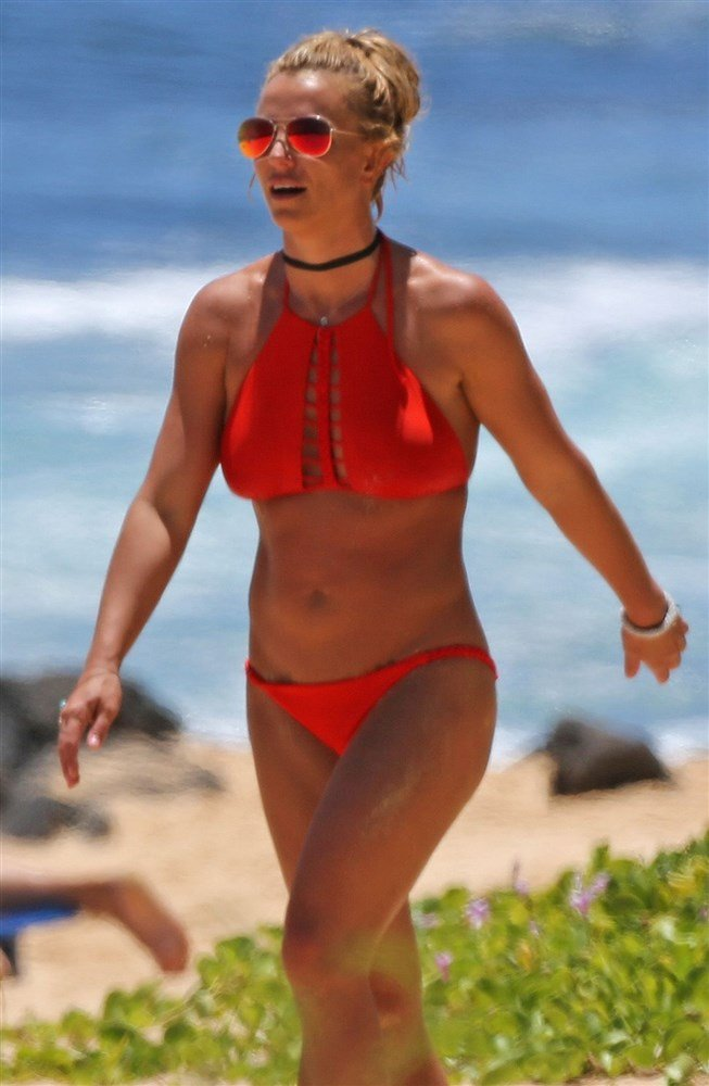 Britney spears who is she dating 6