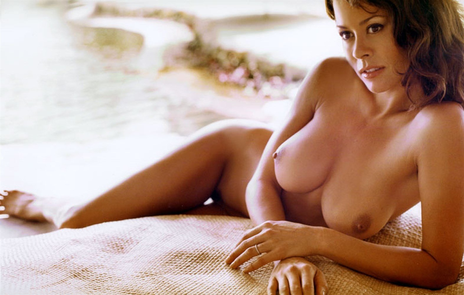 Brooke Burke Ultimate Nude Photos Collection
