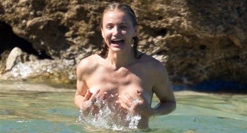 Cameron Diaz Revolting Old Lady Bikini Pics