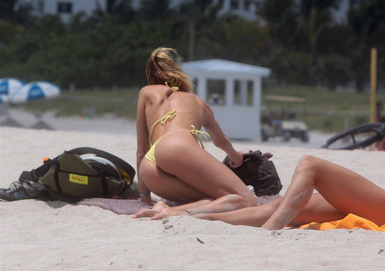 Candice Swanepoel Thong Bikini Pics