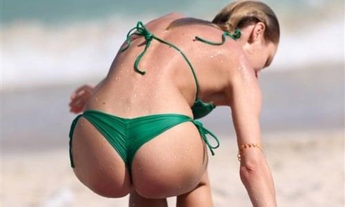 Candice Swanepoel thong