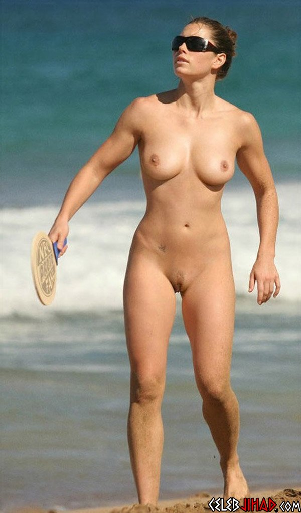 jessica biel at a nude beach