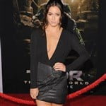 Chloe Bennet Deep Cleavage At 'Thor: The Dark World' Premiere