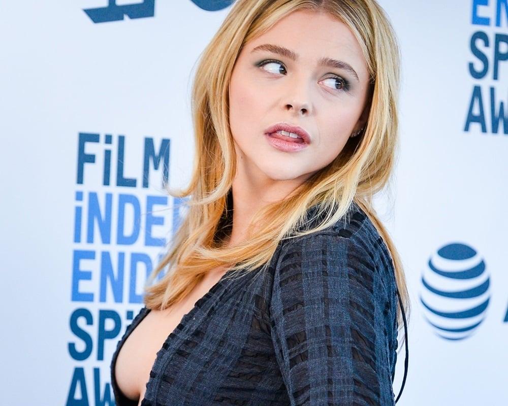 Chloe Grace Moretz side boob