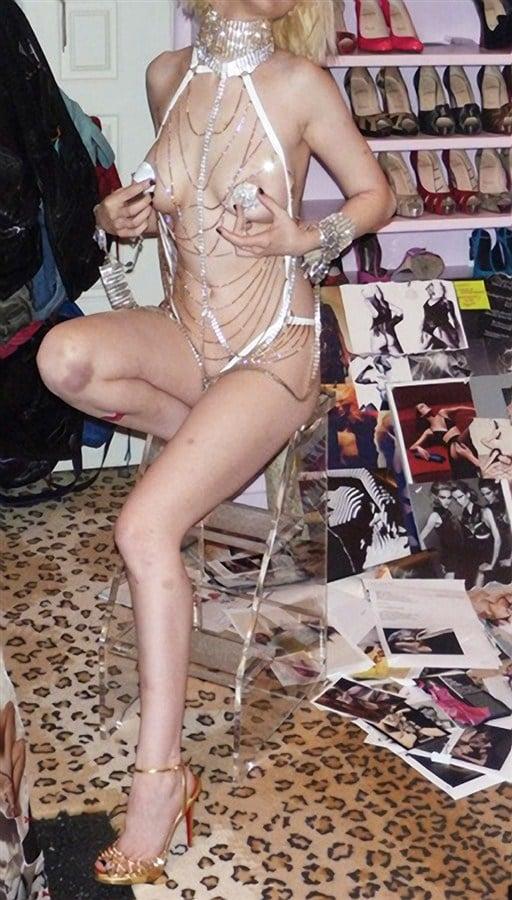 Christina Aguilera Private Porn Pics Leaked