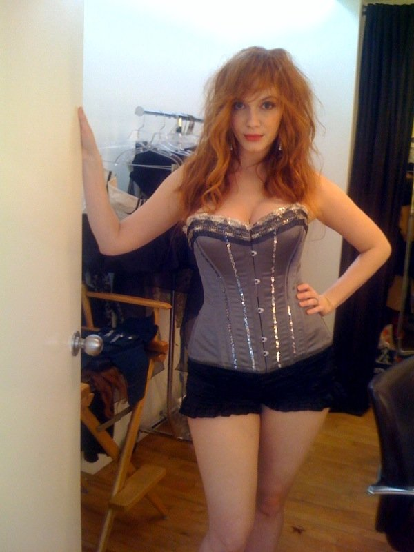 Christina Hendricks Private Topless Pics Leaked