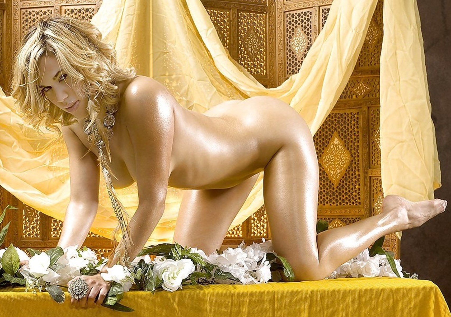 Wwe diva emma nude