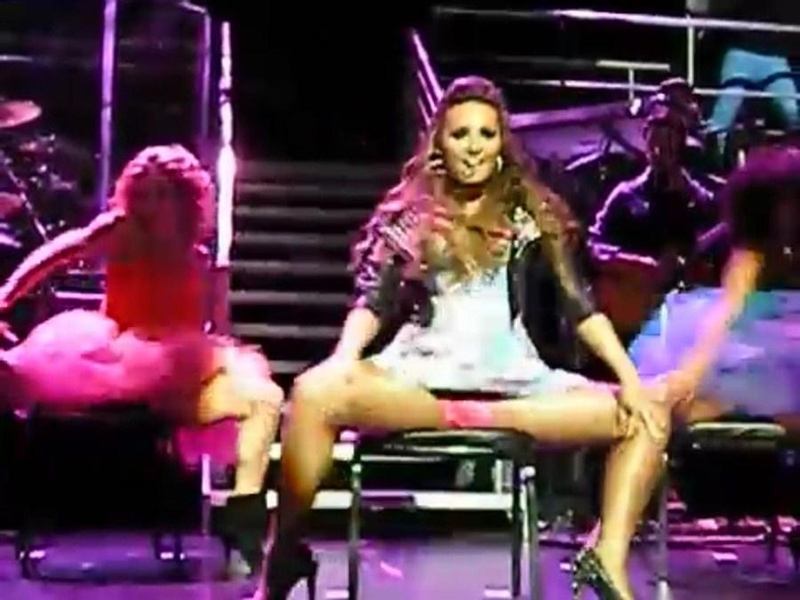 Demi Lovato Performs In Slutty Sex Show