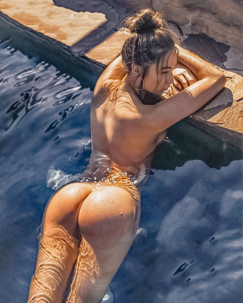 Elsie Hewitt Nude Photo Shoot For Playboy