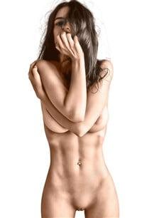 emily ratajkowski nude photos color corrected