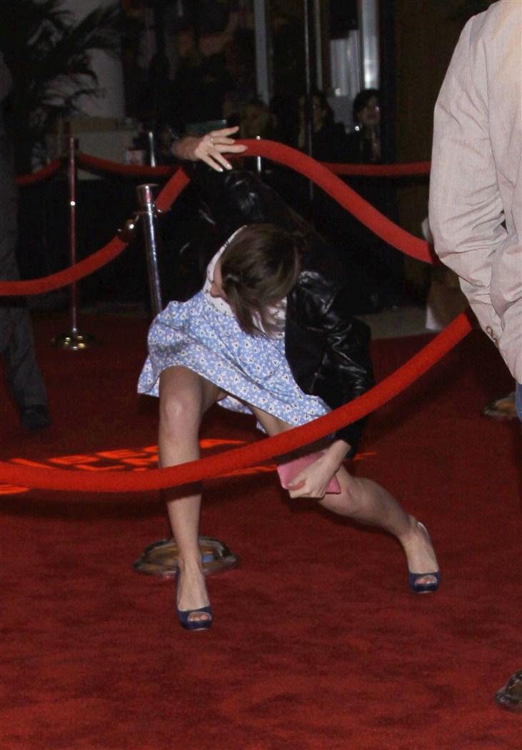 Emma Watson Uncensored Upskirt