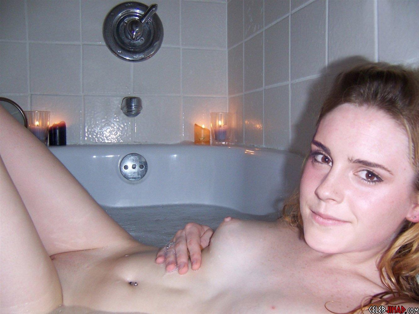 Nude leak watson emma Emma Watson