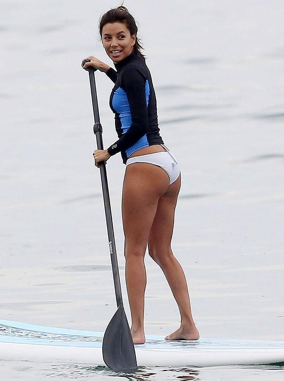 Eva Longoria Shows Off Her Butt In A Bikini