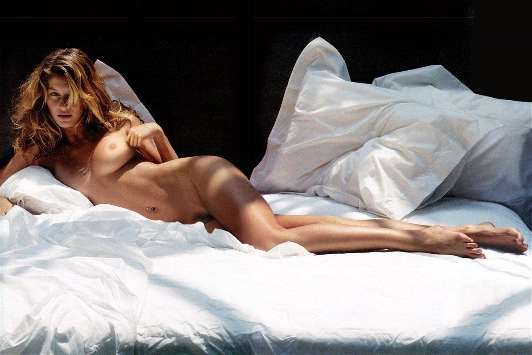 Gisele bundchen nude pics