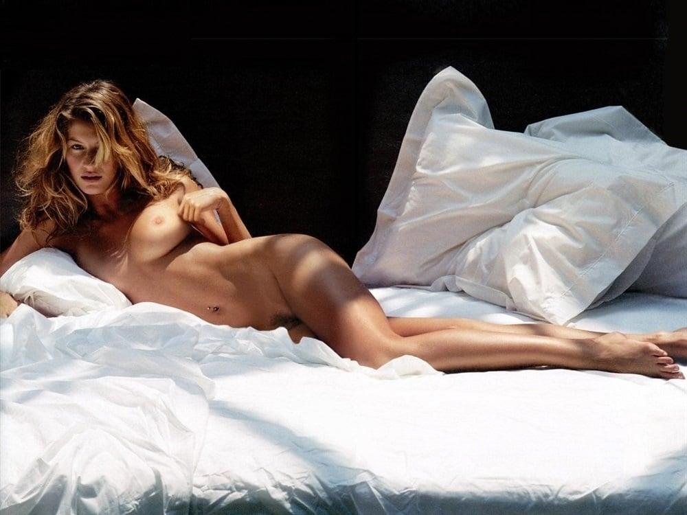 Gisele Bundchen Sexy Nude