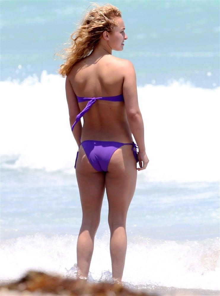 Hayden Panettiere Miami Beach Bikini Pics