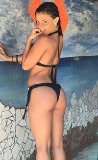 Twerking social media slut with huge juicy bubble butt - 3 2