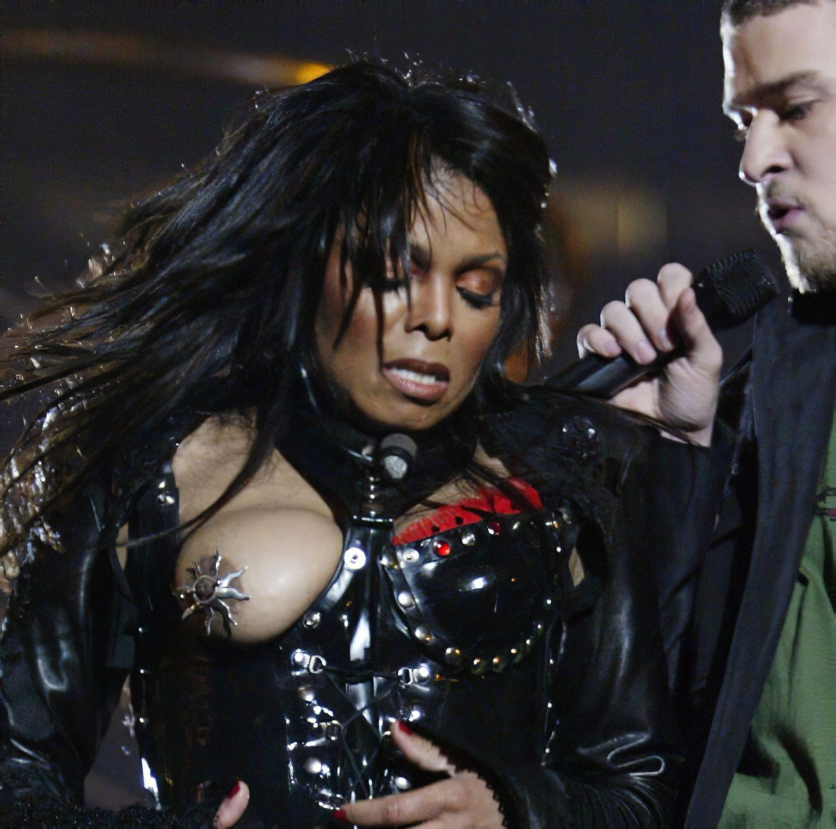 Janet Jackson Nude Photos Collection