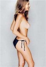 pic Jennifer anniston boob