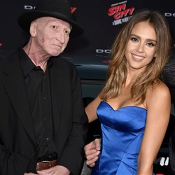 Jessica Alba Steps Out With Her Much Older Lover