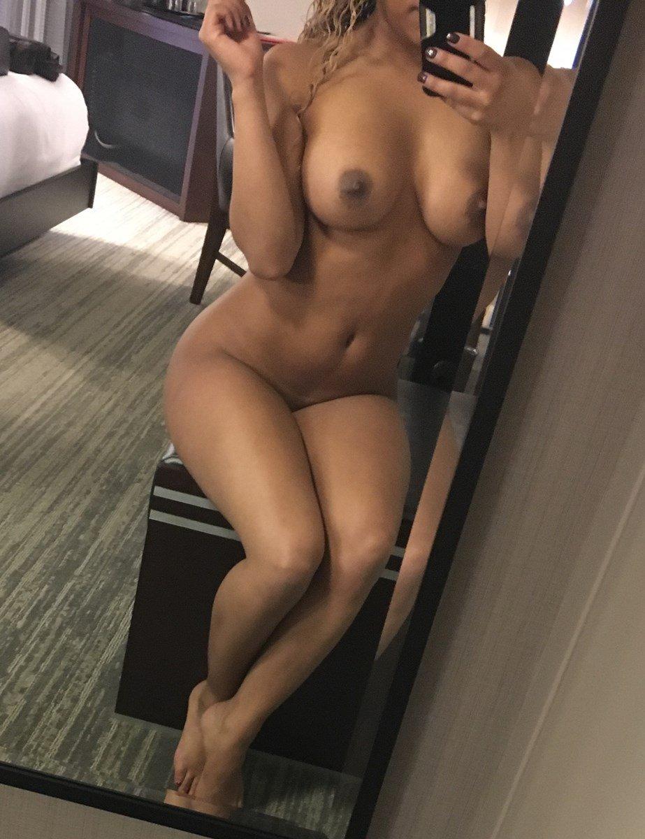 jojo naked