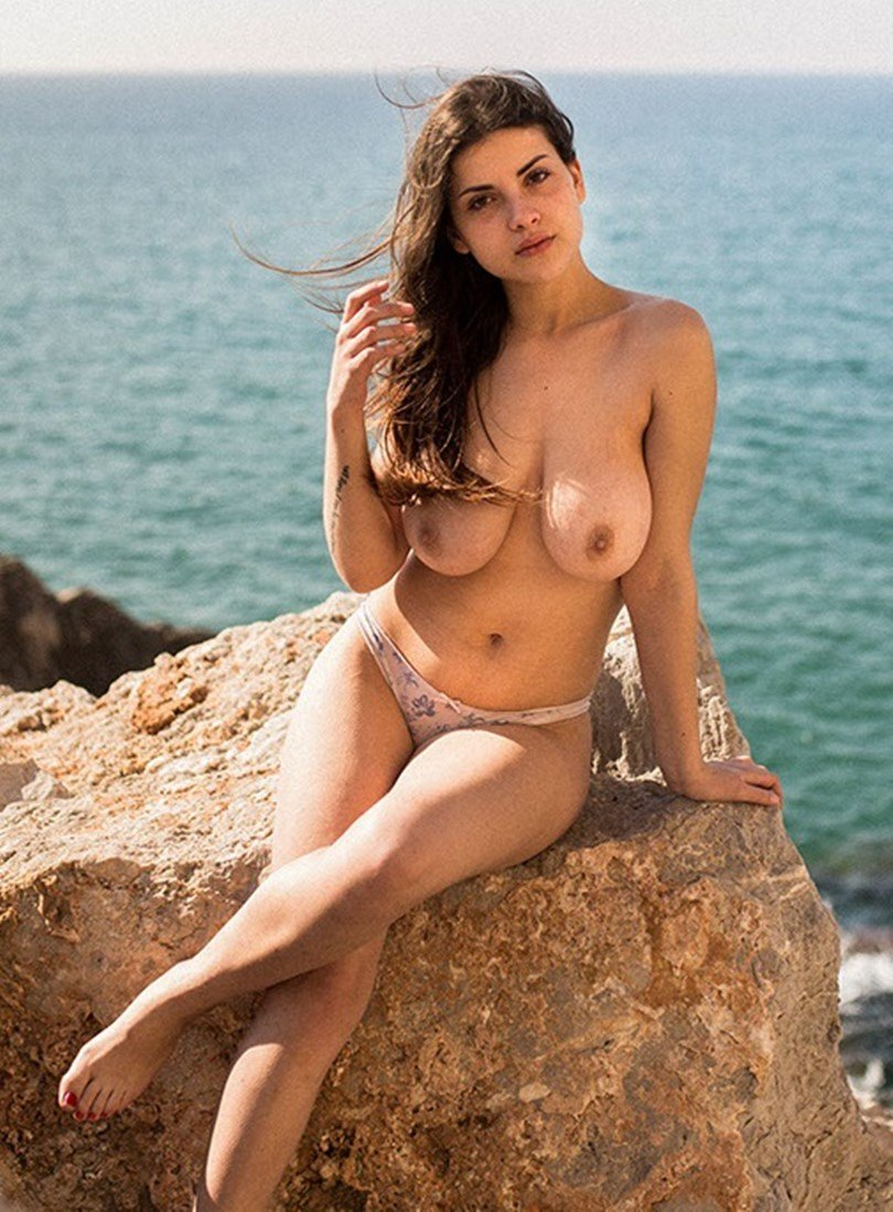 Judit Guerra Nude Sexy