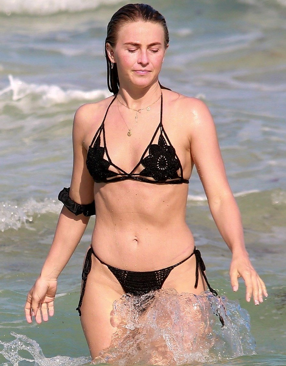Julianne Hough Nude Selfie And Bare Butt Cheeks Post Divorce