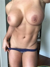 Sexy Wwe Diva Victoria Nude Images