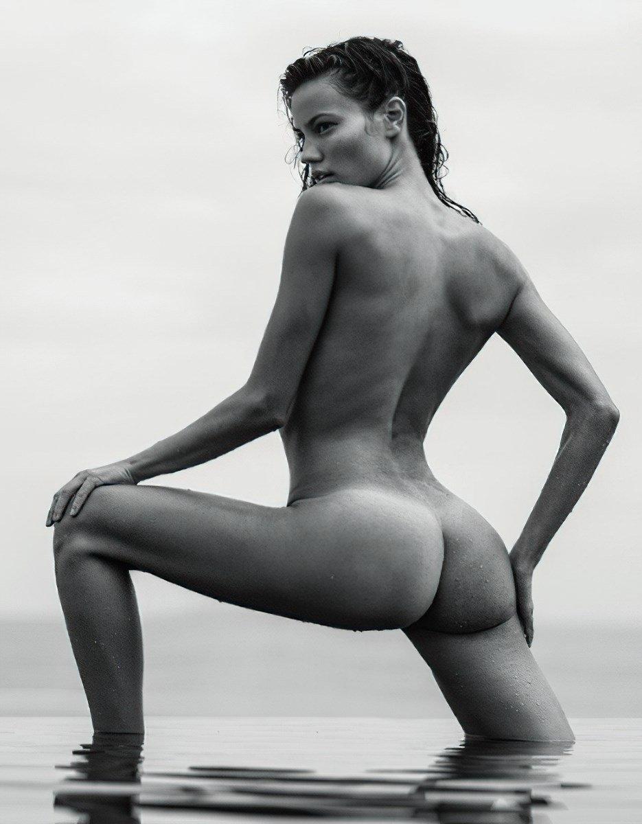 Keilani Asmus Fully Nude Outtake Photos