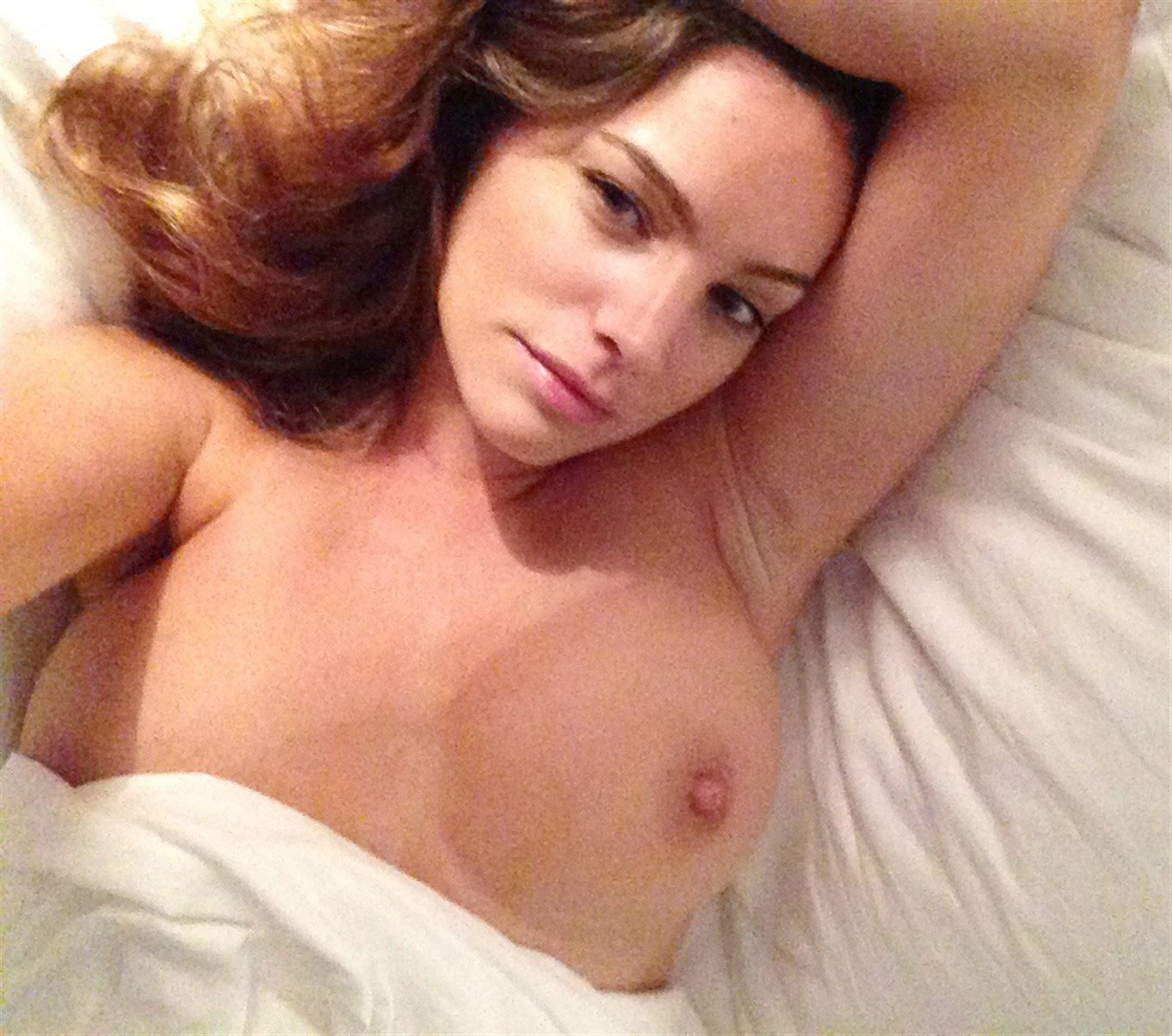 Kelly brook makes very racy request as she is caught in sex act in newly unearthed photo