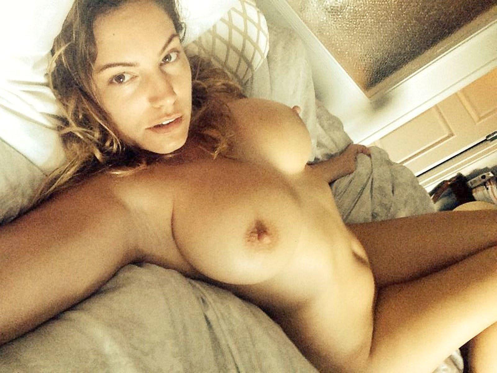 Celebrity nude photo leaks