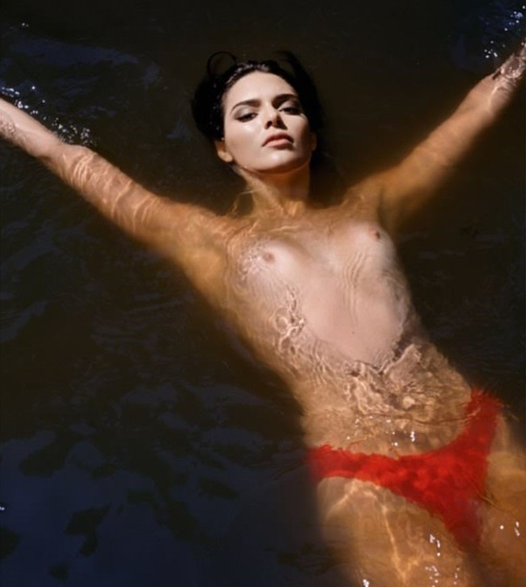 Kendall Jenner Topless Nude Pics From Love Magazine
