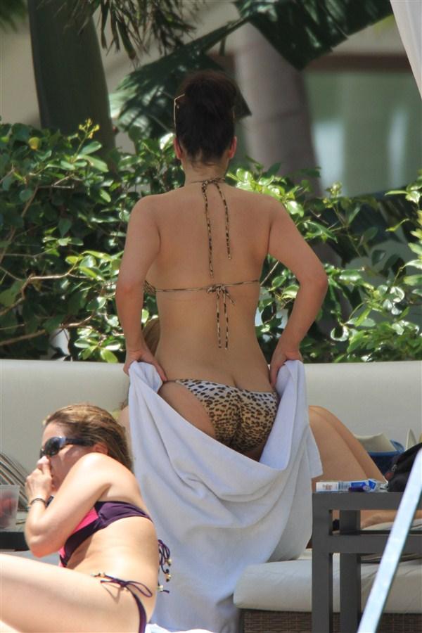 Kim Kardashian Flashes Boobs And Butt In A Bikini