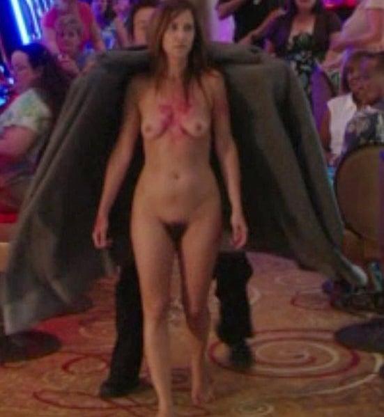 Kristen Wiig Look Alike Porn - Kristen Wiig Nude Screencaps From 'Welcome To Me'   ClipSex.Pw
