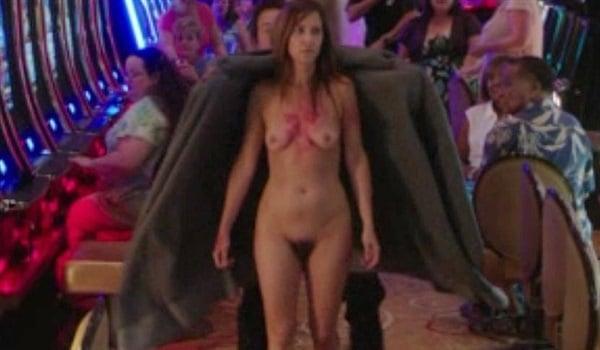 naked Kristen wiig