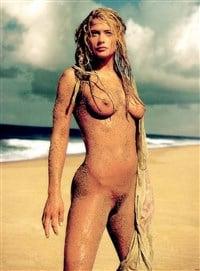 Kristy swanson nude pics