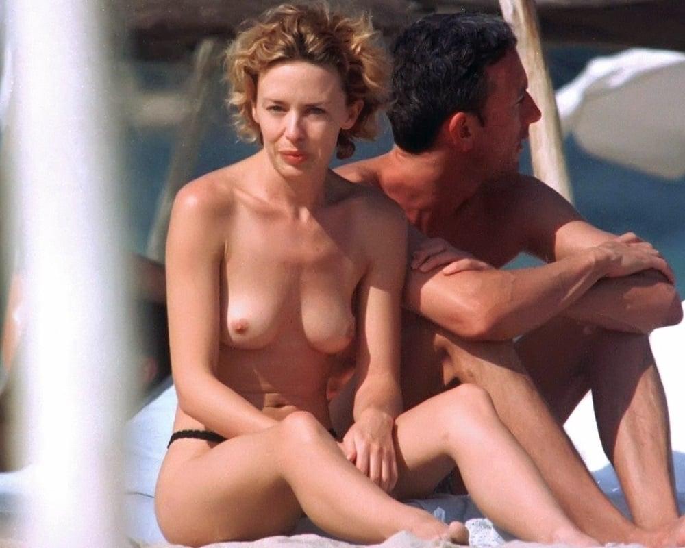 Kylie Minogue Nude Candid Photos-4078