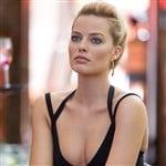 Margot Robbie In A Bikini On The Set Of 'Focus'