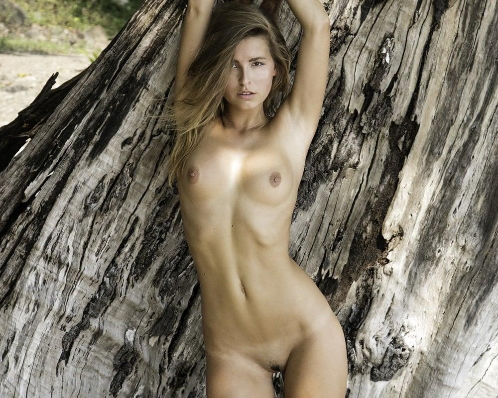 Naked bonnaroo photos
