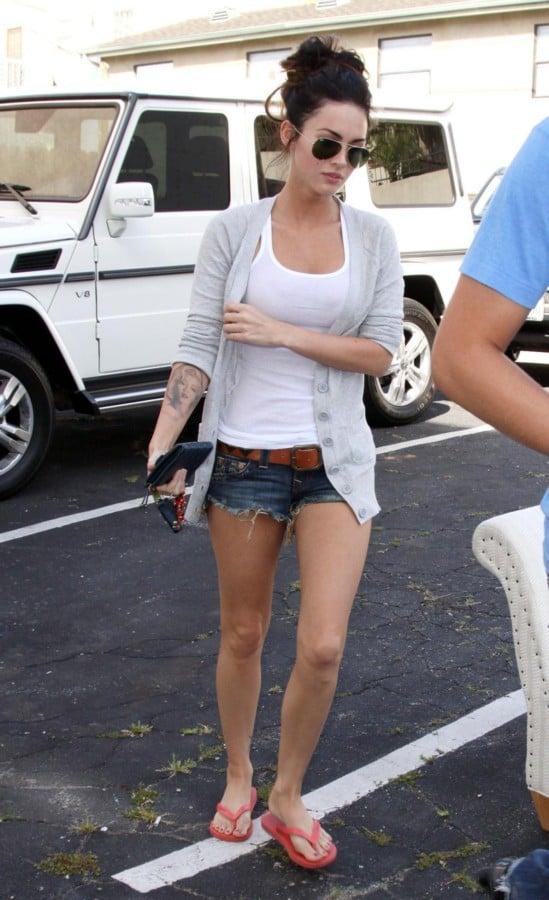 Megan Fox In A Tank Top And Daisy Dukes