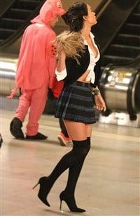 PHOTOS - PSLs Megan Fox Goes Blonde, Slightly Slutty in